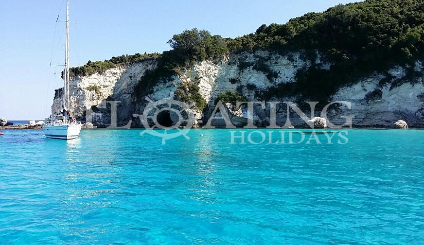 paxos-greece-ionian-sailingboat